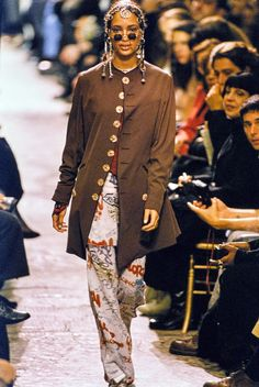 Jean Paul Gaultier Spring 1994 Ready-to-Wear Fashion Show - Brandi Quinones