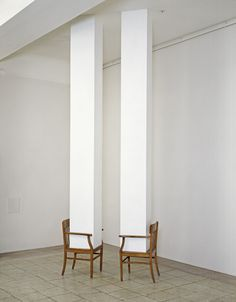 Maria Serebriakova/ Untitled/ 1993 (via) Contemporary Sculpture, Contemporary Art, Art Totem, Art Conceptual, Instalation Art, Art Antique, Mc Escher, Art Object, Sculpture Art