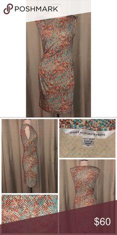 Diane von Furstenberg Print Dress Pre•loved Diane von Furstenberg Print Dress Size 4 100% Silk EUC, no signs of wear  1318F Diane Von Furstenberg Dresses