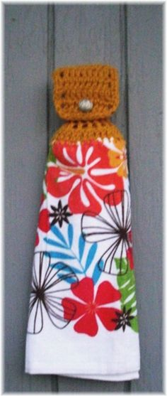 Hanging Kitchen Towel Retro Flowers item no 85 by DebbieCrochets