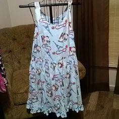 Classic woman paris print dress nwt Beautiful playful blue dress with Paris symbols L 35 B17 W12 For small Classic Woman Dresses Midi
