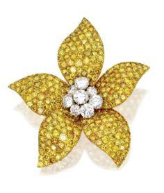 Colored diamond and near colorless diamond flower brooch, Van Cleef & Arpels