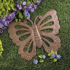 "Let this beautiful butterfly lead the way to your garden! Made from cast iron, this pretty stepping stone is a great way to add style to any spot in yard. PRODUCT SPECIFICATION: 14"" x 11.6"" x 0.25''"