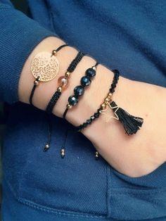 Están hechas a mano con cristal checo, cristal de roca . Diy Bracelets Easy, Bracelet Crafts, Cute Bracelets, Bracelets For Men, Handmade Bracelets, Bracelet Set, Bracelet Making, Beaded Bracelets, Diy Jewelry