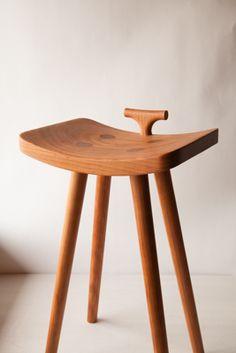 キッチスツール04 | 山桜 | Mocs Furniture Blog