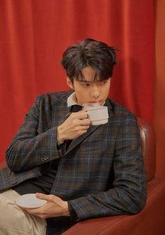 Possessive Boyfriend [Oh Sehun] Baekhyun, Park Chanyeol, Exo Album, Kim Jong Dae, Exo Korean, Kim Minseok, Xiu Min, Exo Members, K Idol