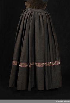 Kjol - Trelleborgs museum / DigitaltMuseum Museum, Skirts, Fashion, Lilac, Trelleborg, Moda, Fashion Styles, Skirt