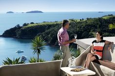 Are your bags packed? Waiheke Island (New Zealand) is waiting of you. Truly 'jewel in the crown'.
