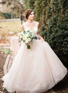 dress gallery; Featured photographer: Callie Hobbs Photography
