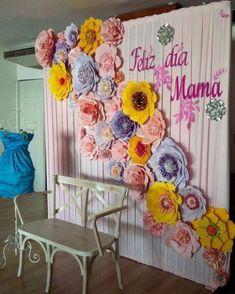 Úgy gondoljuk, tetszenének neked ezek a pinek - Mothers Day Event, Mothers Day Decor, Mothers Day Crafts, Paper Flower Wall, Paper Flower Backdrop, Giant Paper Flowers, Diy Backdrop, Backdrop Decorations, Diy And Crafts