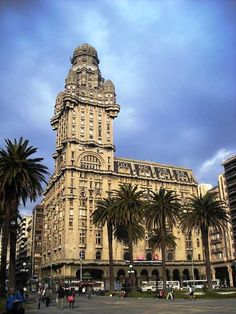 Salvo Palace (Palacio Salvo) – One of the most spectacular buildings in Montevideo, #Uruguay