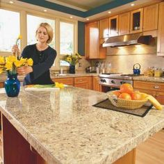How to Install Granite Countertops (Kitchen Tile) Granite tile gives you the appearance of a solid-stone slab at one-third the cost. We'll show you the techniques for a first-rate job Kitchen Redo, Kitchen Tiles, New Kitchen, Kitchen Remodel, Kitchen Dining, Granite Kitchen, Kitchen Worktops, Kitchen Cabinets, Kitchen Bars