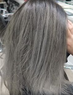 Best shampoo for thinning gray hair, what shampoo is best to prevent gray hair, sulfate free shampoo less gray hair, shampoo that removes yellow from gray hair, what does purple shampoo do to gray hai Shampoo For Gray Hair, Purple Shampoo, Hair Shampoo, Color Depositing Shampoo, Color Shampoo, Best Cheap Shampoo, Best Hydrating Shampoo, Grey Hair Turning Yellow, Prevent Grey Hair