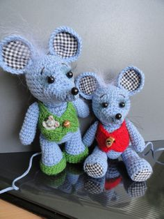 Amigurumi Little Mouse ~ Free Russian Pattern