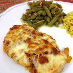 This simple chicken dish is flavored with spices, bacon, mozzarella, honey, and Dijon mustard. An easy, quick weeknight dinner!