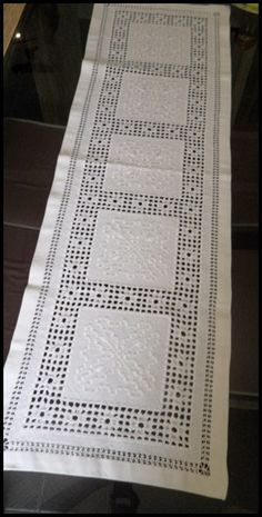 Source Embroidery viet nam Hemstitch lines by Hand on m. Embroidery Alphabet, Hardanger Embroidery, Embroidery Stitches, Embroidery Patterns, Hand Embroidery, Knitting Patterns, Cross Stitch Kitchen, Drawn Thread, Crochet Tablecloth