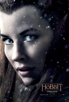 TAURIEL , interpretada por EVANGELINE LILY , personaje ha sido creado por Peter jackson para la saga pues no apareceen laobra original , es una Elfa Silvana del Bosque Negro comandante de su guardia , la etimología de su nombre es Hija del bosque
