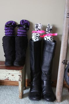 DIY Boot supports from pool noodles!  No sew project