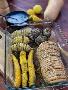 My hasselback winter vegetable recipe Winter Vegetables, Ottolenghi, Vegetable Recipes, Tart, Carrots, Sausage, Brunch, Chips, Cooking