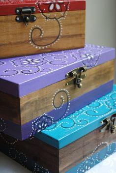 that's veeeery cool... bandana boxes