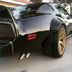 Custom wide body TransAm ...