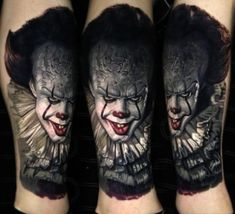 Perfect realistic tattoo of Pennywise Clown from Stephen King horror movie IT done by tattoo artist Nikko Hurtado Clown Tattoo, Tattoos Skull, Life Tattoos, Body Art Tattoos, Sleeve Tattoos, Cool Tattoos, Tattoo Ink, Hand Tattoos, Tatoos