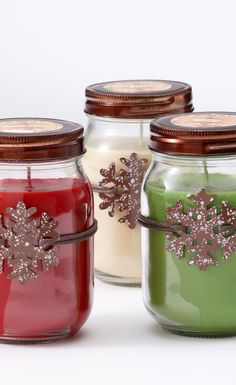 Get in the spirit of the holidays with these cute snowflake candles.