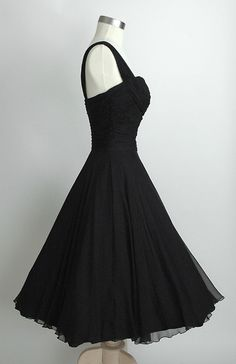 The side of the dress. HEMLOCK VINTAGE CLOTHING : Saks Fifth Avenue Ruched Chiffon 1950's Dress