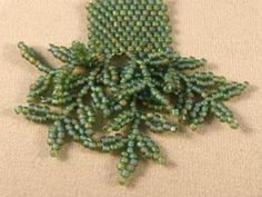 Free bead fringe tutorials - several varieties.