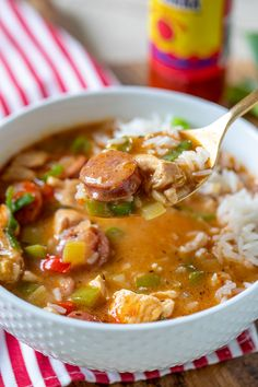 This Easy Chicken and Sausage Gumbo is classic Cajun gumbo stew made with Andouille sausage and served over white rice. Spicy, filling and delicious! Chicken Gumbo Recipes, Cajun Recipes, Easy Chicken Recipes, Cooking Recipes, Healthy Recipes, Oven Recipes, Fudge Recipes, Rice Recipes, Potato Recipes