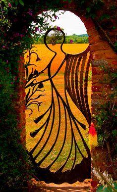 Angel gate
