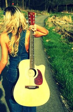 1000 images about girls with guitars on pinterest guitar taylor swift and country girls. Black Bedroom Furniture Sets. Home Design Ideas