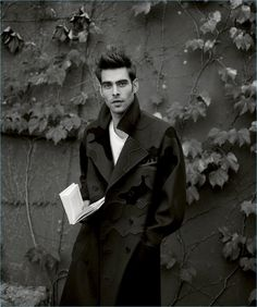 Jon Kortajarena is the man of the moment as he covers Harper's Bazaar España. The top model joins Hailey Baldwin for the magazine's January 2017 issue. Taking to New York, Jon serves up dashing designer fashions. Stylist Juan Cebrian outfits Jon in standout pieces from brands like Emporio Armani and Dior Homme. Collaborating with Cebrian,... [Read More]
