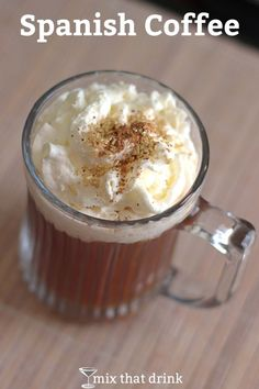 The Spanish Coffee is a coffee cocktail recipe that features Licor an uncommon liqueur that tastes of vanilla and spice, with distant hints of citrus. This recipe calls for 2 parts hot coffee and 1 part Licor Coffee Cocktails, Cocktail Drinks, Cocktail Recipes, Winter Cocktails, Holiday Cocktails, Coffee Mix, Hot Coffee, Drink Coffee, Espresso Coffee