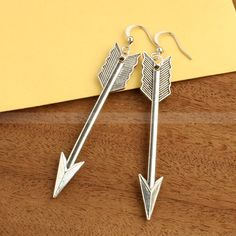 Mockingjay Arrow Earrings----Hunger Games Katniss Everdeen Girl on Fire Earrings