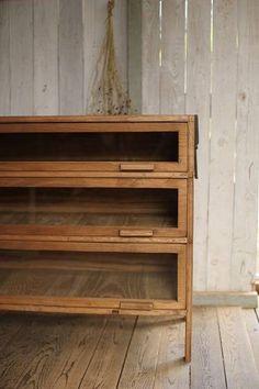 жdenbeeж古い前ガラスの木製引き出し3段/シャツ... - ヤフオク!