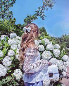 How to Always Look Stylish Camelia Roma, Girl Photography, Backlight Photography, Photography Composition, Photography Aesthetic, Mountain Photography, Sunset Photography, Vintage Photography, Photography Ideas