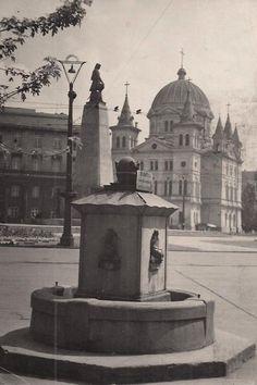 Stara studnia, Plac Wolności