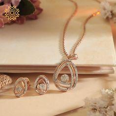 Jewelry Design Earrings, Gold Earrings Designs, Gold Jewellery Design, Diamond Jewellery, Diamond Necklace Set, Diamond Pendant, Manubhai Jewellers, Gold Jewelry Simple, Pendant Set