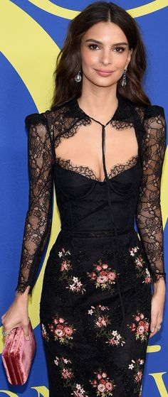 ca2cb031f1 Emily Ratajkowski In Brock Collection Look At CFDA Fashion Awards  18 In  Brooklyn. Emily