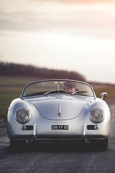 mistergoodlife:  356 Speedster doesn't want to start ║ Via ║ Goodlife      (via TumbleOn)