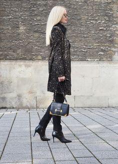 Trend Fall: Mein Herbst Styling mit einem Mantel mit Lace und schwarzer Hose. Meh auf meinem Fashion Mode Blog Sandra Levin.