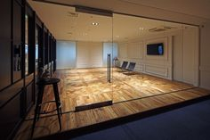 workspace / office : design by FLOOAT,Inc. / Photo by Kozo Takayama