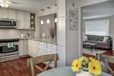 Lovely kitchen & nook in my Juanita home listed in Kirkland, WA.