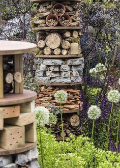 Jedes Jahr öffnet eine der weltweit berühmtesten Gartenschauen, die Chelsea Flower Show, für fünf Tage ihre Pforten. Wir haben uns vor Ort von den außergewöhnlichen Schau-Anlagen bezaubern lassen und die schönsten Ideen mitgebracht.