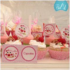 Paal Uh. Mesa de Postres & Snacks. Dulces. Rosa. Búho. Niña. Baby Shower. Pink.   Candybar. Cupcake cherry.