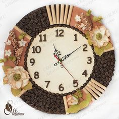 Diy Crafts Jewelry, Clay Crafts, Diy And Crafts, Coffee Bean Art, Seed Art, Auction Baskets, Coffee Crafts, Diy Clock, Indian Home Decor
