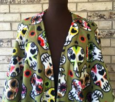 Dia de los Muertos (Day of the Dead) Fleece Shrug Jacket by TexasStitchWitches on Etsy https://www.etsy.com/listing/458945920/dia-de-los-muertos-day-of-the-dead