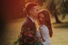 Sesja ślubna uroczej pary Pauliny i Wojtka w przepięknym Dworze Radziwiłłów w Balicach od Malachite Meadow