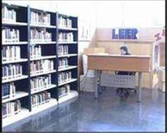 Interior de la biblioteca Ramón J. Sender, Red de Biblitoecas Municipales de Huesca